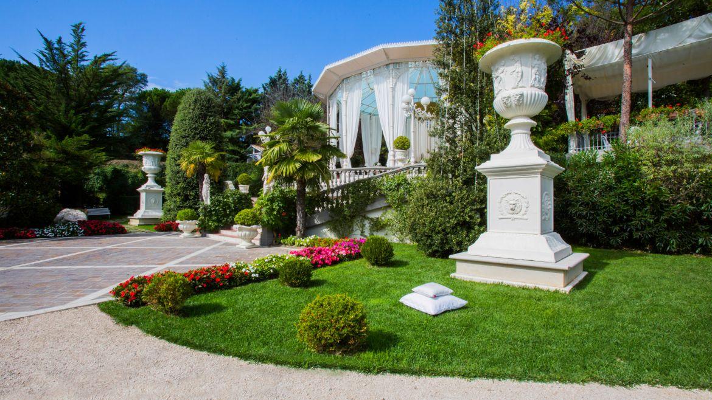 Il giardino e il viale d'ingresso - Ricevimenti Villa Belvedere